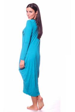 Bőfazonú, ruha
